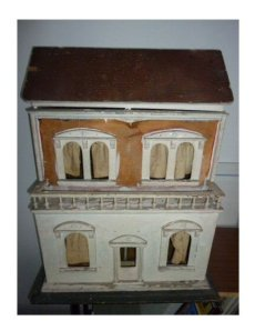 G and J Lines Dolls' House