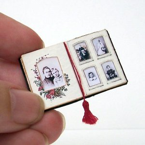 Open House Miniatures - Victorian Photograph Album with tasselled page marker