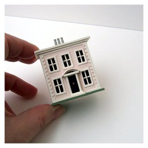 Open House Miniatures - Sandford Miniature Dolls' House (front)