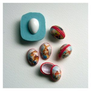 Open House Miniatures - Papier mache easter eggs with mould