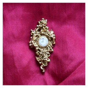 Open House Miniatures - Cinderella Cartel Clock