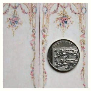 Open House Miniatures - screen detail and 10p coin