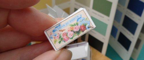 dolls' house cardboard boxes - savon au parfum
