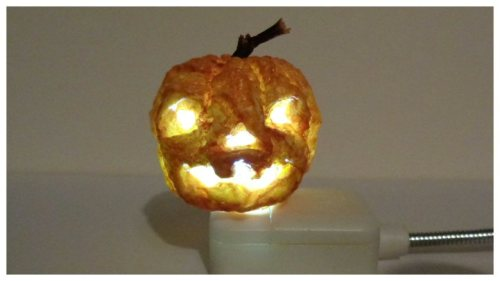 dollhouse light up jack o' lantern
